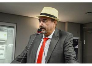 Usando notícia fake, deputado paraibano defende prisões de Moro e Dallangnol
