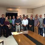 Nabor e 18 prefeitos se reúnem com o Governador e solicitam melhorias para os municípios