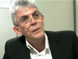 Em audiência, Ricardo se irrita ao ser questionado sobre pensão de ex-governador, considerada ilegal pelo STF; veja o vídeo