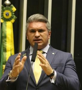 Após escândalos denunciados por Julian Lemos, Romero anuncia ampla reforma administrativa na PMCG