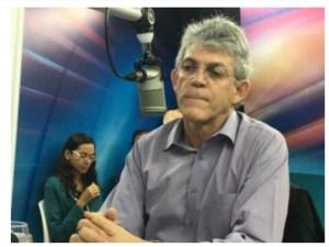 BASTIDORES: Arrependido, Ricardo procura João, oferece PSB de volta a Rosas, mas governador recusa