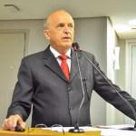 Secretário de Saúde promete agir após receber cobranças de deputados sobre perseguição no Clementino Fraga