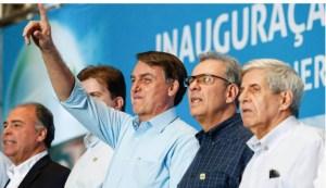 """Bolsonaro manda recado para João Azevêdo e Flávio Dino : """"Não admito que governadores da Paraíba e Maranhão façam politicalha"""""""