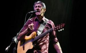 Fagner faz show no Ponto de Cem Réis em homenagem ao aniversário de JP