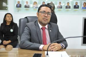 """""""Aeroporto continua sendo de Bayeux"""", garante Jefferon Kita presidente da Câmara"""