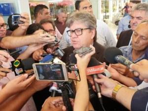 Em reunião com partidos de esquerda, João revela mágoas com Ricardo e aguarda novos fatos que podem trazer mudanças no PSB
