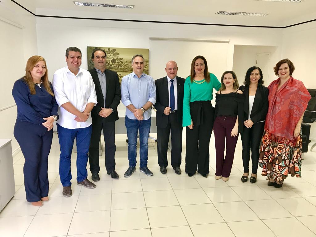 Cartaxo anuncia ampliação do programa Família Acolhedora e fortalece política municipal de acolhimento às crianças em situação de vulnerabilidade