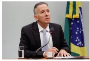 Em nota, Aguinaldo Ribeiro lamenta falecimento da jornalista Lena Guimarães
