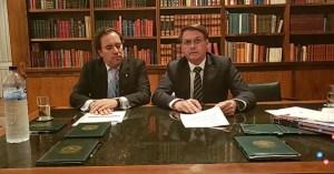 VÍDEO: Bolsonaro volta a citar Cássio Cunha Lima durante live no facebook
