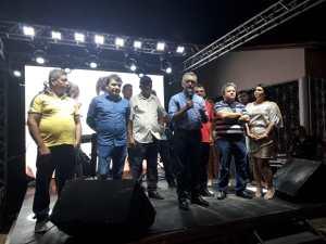 Galego Souza participa de entrega de pavimentação em Riacho dos Cavalos e parabeniza o município pelos 58 anos de emancipação