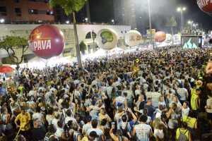 Com apoio da Prefeitura de João Pessoa, Folia de Rua arrasta multidão durante desfiles de blocos no Carnaval de Boa