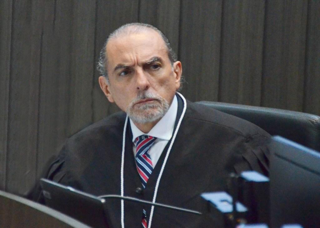 Após receber respostas de colaboradores da Calvário, desembargador manda notificar Ricardo e demais acusados