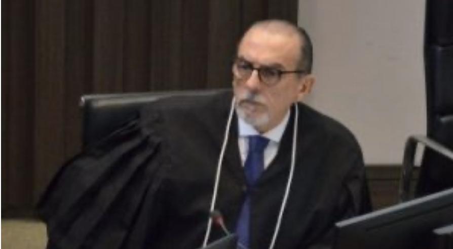 CALVÁRIO – Desembargador Ricardo Vital destina dinheiro devolvido por Livânia Farias ao HU para combater o coronavírus