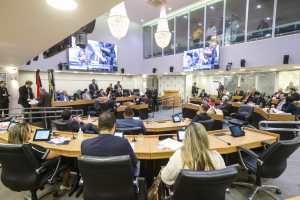 ALPB aprova mudanças no regime de previdência dos servidores estaduais e suspende atividades para prevenção do Coronavírus