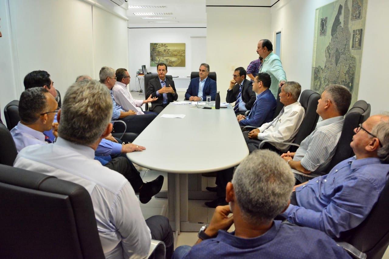 Luciano Cartaxo anuncia suspensão das aulas em escolas e creches, fecha novos espaços públicos municipais  e modifica expediente de servidores como prevenção ao novo Coronavírus
