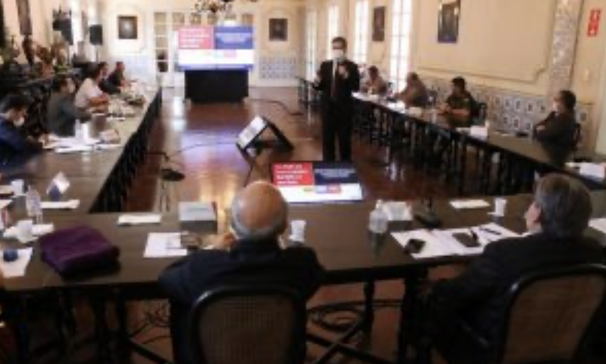 João Azevêdo se reúne com representantes dos Ministérios Públicos e da Segurança para garantir medidas de isolamento