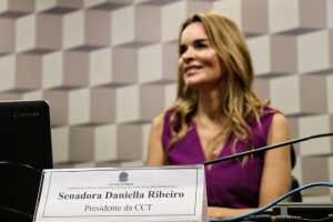Daniella Ribeiro toma posse na presidência da CCT no Senado Federal