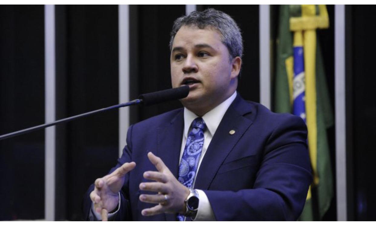 Paraibano líder do DEM na Câmara defende 'pacto interpoderes' pelo Brasil