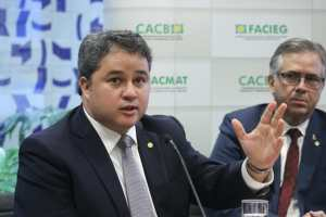 Efraim diz que saída de Moro é ruim para o governo é pior para o Brasil