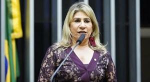 Deputada federal passa mal e é levada às pressas para hospital em Campina Grande