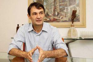 Romero anuncia protocolo para uso da hidroxicloroquina em pacientes com Covid-19 de Campina