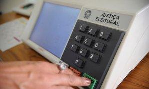 Senado aprova em primeiro turno PEC que adia eleições municipais