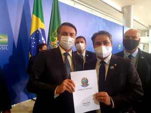 VÍDEO: Bolsonaro agradece apoio de Efraim Filho e fala de expectativa de vir a Paraíba