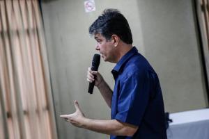 """""""Ricardo traiu covardemente a população quando desviou com a sua quadrilha 135 milhões da saúde"""", afirma Ruy; ouça"""