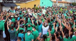 Multidão lotou ruas na convenção do Cidadania em Pedras de Fogo, local do evento ficou pequeno