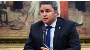 Efraim Filho destina mais de R$ 2 milhões para creche em São Mamede