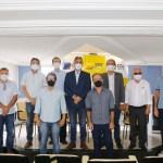 Cartaxo anuncia volta do comércio ao horário normal e cinemas e áreas de lazer dos shoppings com 50% da capacidade