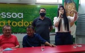 Leila Fonseca, candidata a vice-prefeita de Wallber Virgolino, anuncia apoio a Nilvan Ferreira