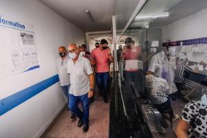 Cícero Lucena anuncia nova sala cirúrgica para zerar demanda de procedimentos ginecológicos na maternidade Cândida Vargas