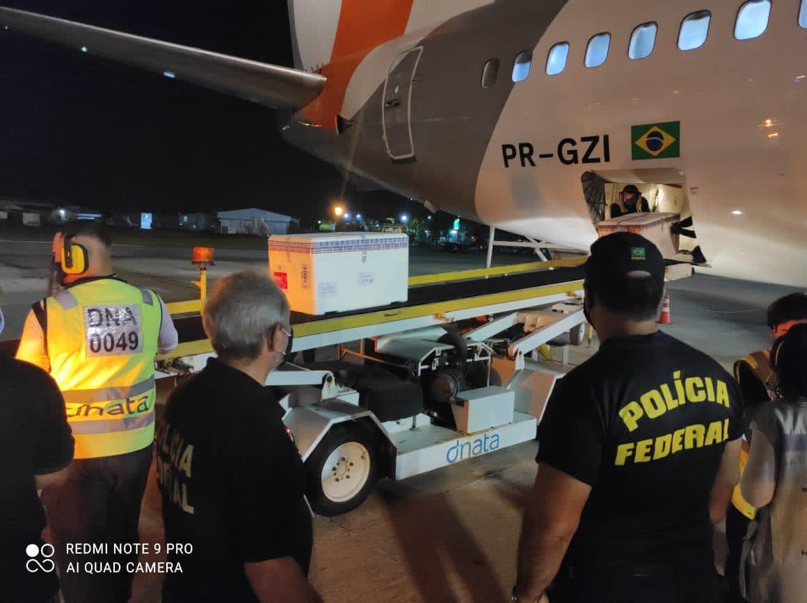 Paraíba recebe quase 92 mil doses de vacina contra covid-19