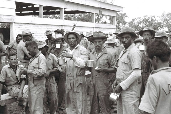 Candango EXPOSIÇÕES NO ARQUIVO PÚBLICO E NO CONGRESSO RESGATAM A HISTÓRIA DE BRASÍLIA