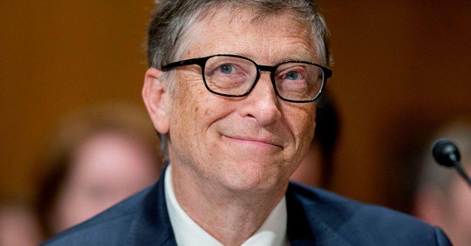 BG As Quinze Previsões de Bill Gates em 1999, Que se Concretizaram