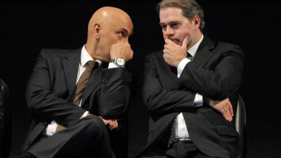 tofolli-e-alexandre-de-moraes STF: A Ditadura da Toga Mostra Suas Garras