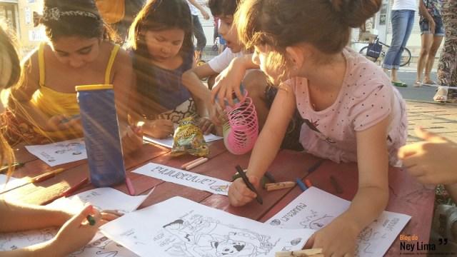 Pintura e contação de histórias alegrou as crianças, foco central da segunda edição do movimento cultural - Fotos: Thonny Hill