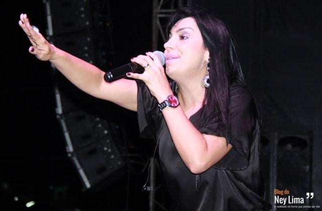 Cantora Eyshila