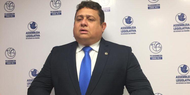 Título de cidadão a Mourão aprovado na ALPB visa aproximar Governo Federal do Governo do Estado, alega autor da propositura