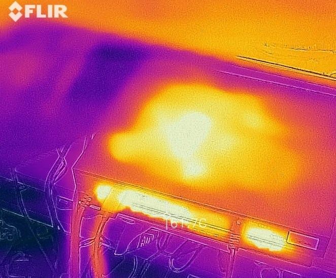 Using Flir One's heat camera, we measured the Xbox One X's temperature.