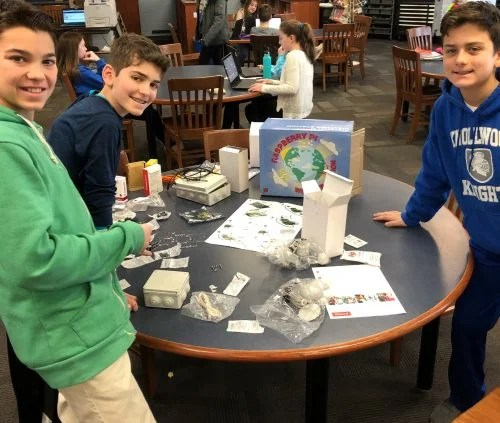 Raspberry Pi Certified Educator Chris Aviles Innovation Lab Oracle Weather Station