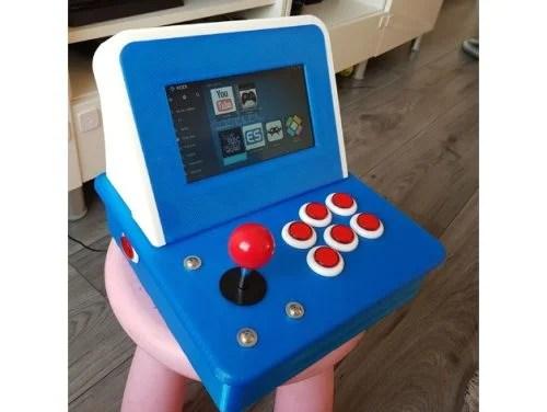 3d-printable Raspberry Pi arcade case