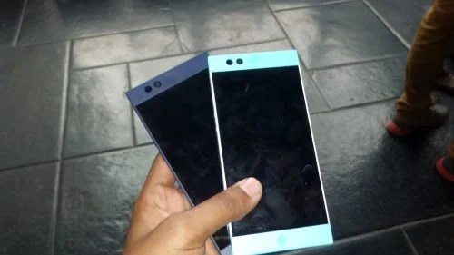 """""""Nextbit Robin Smartphone"""" by Bhavesh Sondagar is licensed under CC0 1.0"""