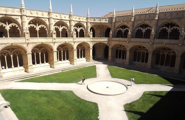 post-lisboa-blog-do-xan-mosteiros-dos-jeronimos-claustro