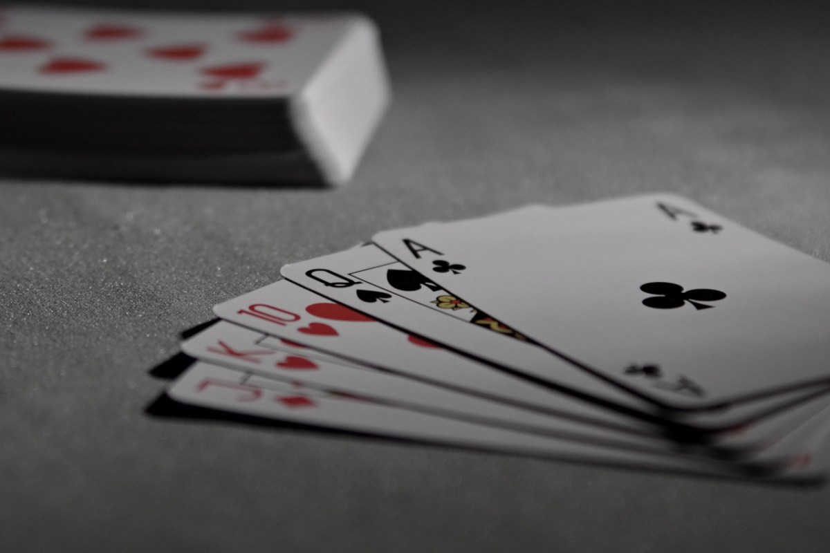3 Card Games That Help Sharpen Your Mind