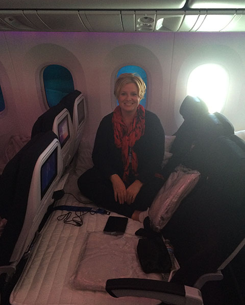 Dreamliner skycouch