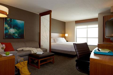 Hyatt bedroom
