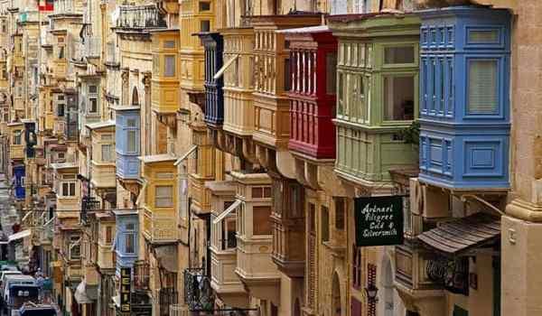 Valetta Malta houses