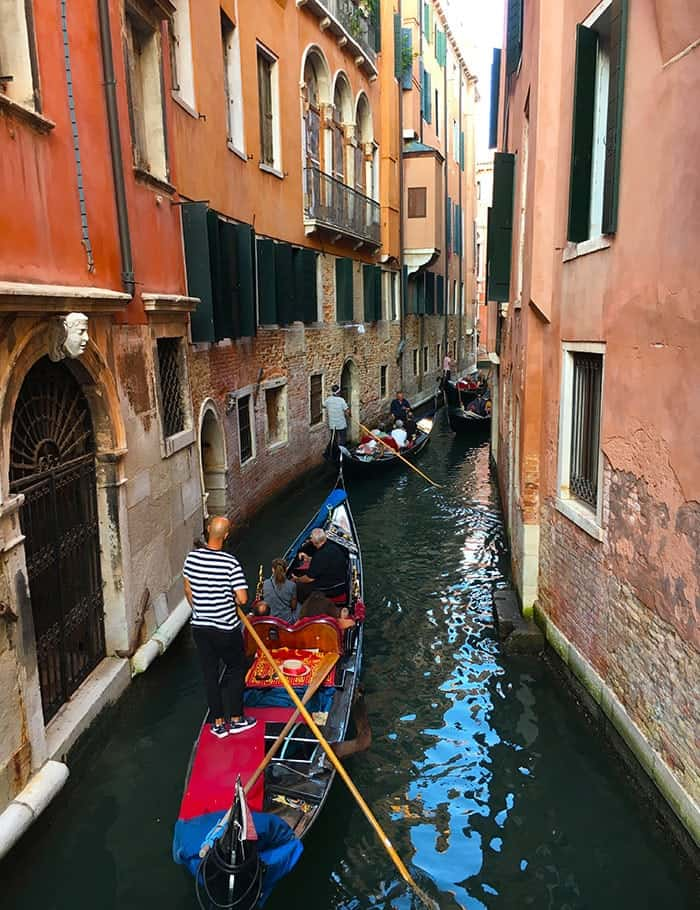 canal boating venice